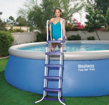 Scaletta piscina IMG 2