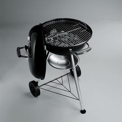 Barbecue Weber Compact Kettle 1221004 a carbonella IMG 3