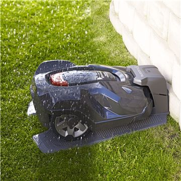 robot tagliaerba Automower Husqvarna 430x in ricarica IMG 3