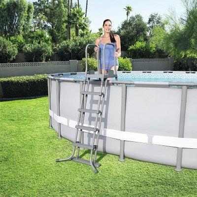 scaletta per piscina bestway 58332 uso IMG 2