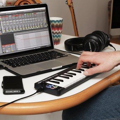 tastiera M-audio mini MK2 pc IMG 4
