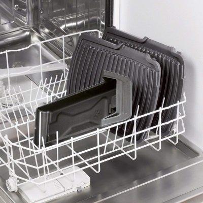 piastre e raccoglitore grasso estraibili e lavabili in lavastoviglie