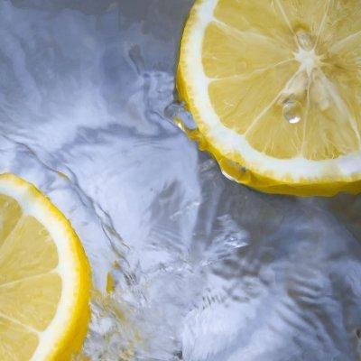 pulire minipimer con limone