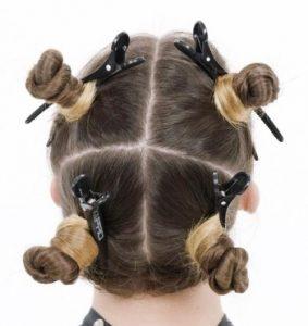 dividere capelli in sezioni